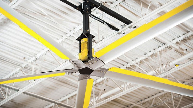 8 Best Garage Ceiling Fans Of 2021 No Light With Light And Alternatives
