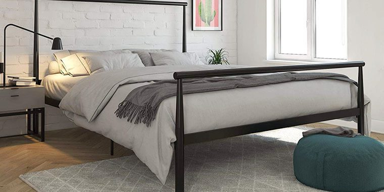 sturdy bed frames for heavy people