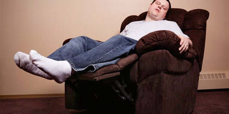 pros and cons of sleeping in recliner
